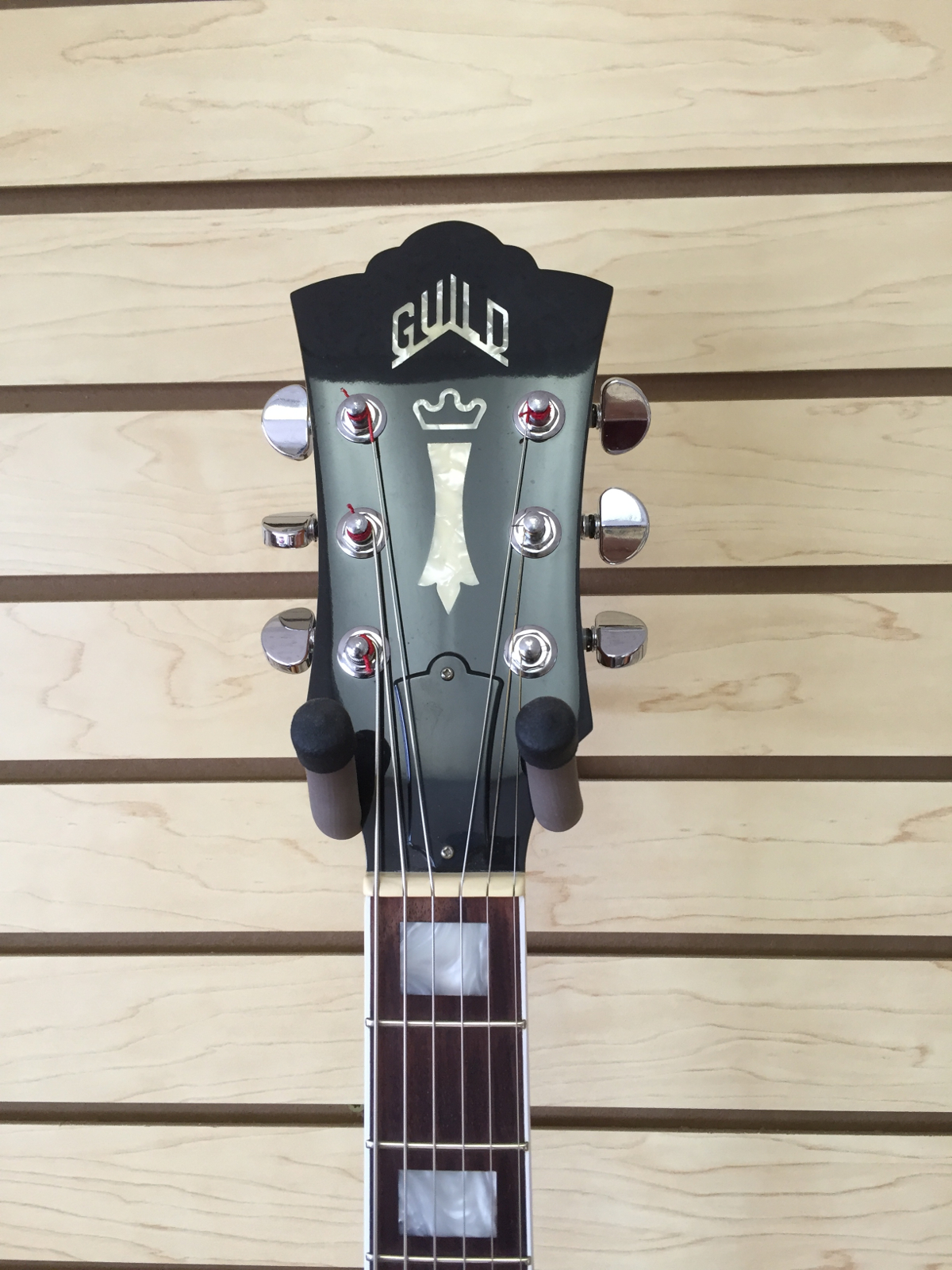 Headstock_Front